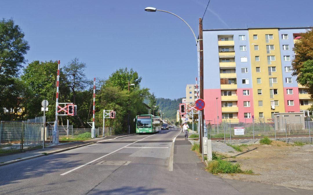 Schrankenanlage für GKB-Unglücks-Kreuzung in der Grottenhofstraße!